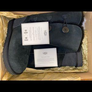 Bailey Button Triplet II Boot